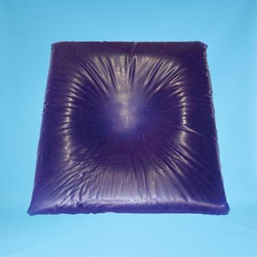 "Head Pillow w/Centering Dish, 1""H"